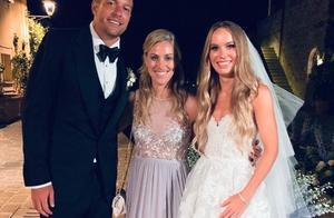 人生赢家!大卫李又结婚了,前妻是世界小姐,新婚妻子也美艳动人