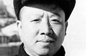 他是我党的谈判专家,曾被傅作义关押,重庆谈判后与叶挺一起遇难