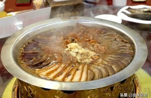 来北京吃卤煮,小肠陈必须去,卤煮火锅味道赞,还有地道京味菜