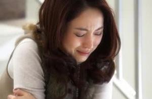 高云翔董璇疑似离婚:男人亲手毁了一个家庭,董璇再努力也白费劲