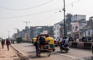 实拍印度首都德里:基础建设落后,不是因为经济不行而是因为制度