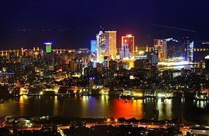 国内夜景最繁华城市,并非香港和上海,而是最低调的它!