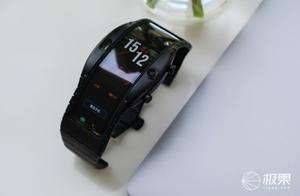 努比亚阿尔法智能腕机:有了它就可以不用带手机出门啦!