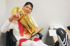 夺冠后林书豪首度发声:感谢中国球迷,亚洲人拿总冠军值得骄傲