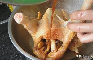 爱吃鸡?试试客家人一道正宗鸡做法,好看又好吃,一周不吃馋得慌
