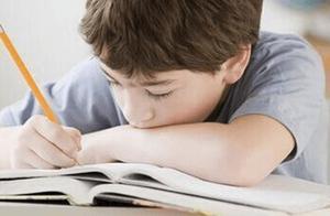 小学四年级写一篇关于树的作业 写一篇小学四年级作文