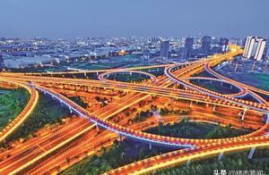 速度与激情,燃爆崇明岛,一条高铁两条地铁三条高速四条快车道!