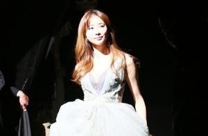 林志玲台北低调完婚,志玲姐姐穿婚纱的样子超美超仙