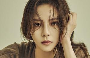 韩国女演员李烈音捕食巨型蛤蜊被泰国方起诉,比熊猫保护级别还高