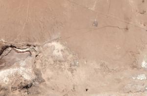 两次地震后,卫星照片显示加州出现一条巨大裂缝