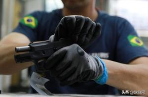 巴西放宽枪支限制 民众每年可买5000发子弹