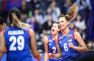 好惨!女排世界冠军连遭弱旅3-0爆冷,中国队大敌放弃总决赛?