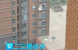 突发!西安春晓华苑小区一空调安装工不慎从七楼坠下 已被紧急送医