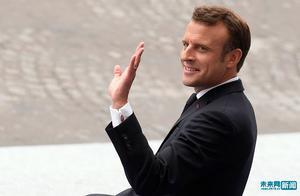 法国国庆阅兵仪式拉开帷幕 马克龙亲临现场检阅部队