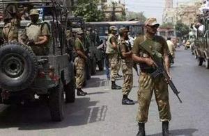 巴基斯坦边防军死战不退,三名士兵殉国,打死数十名疑似武装毒贩