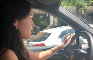 哈文晒17岁女儿近照,法图麦拿证3个月就开豪车上路