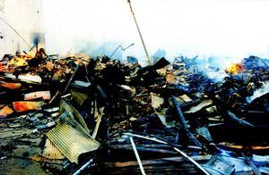 死伤5万人,损失千亿美元,1995年日本阪神大地震有多惨?