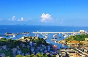 浙江看海,不止舟山,这里被称作'东方好望角',石头建筑最特色