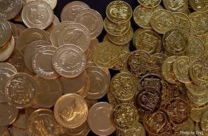 虚拟币价格像坐过山车,比特币大涨10%重返4200美元
