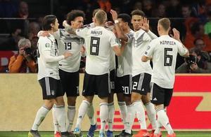 舒尔茨传射+绝杀萨内格纳布里破门,德国3-2荷兰