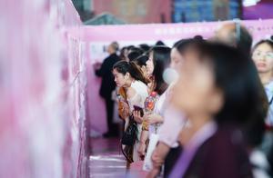 视频|东莞观音山举办万人相亲大会,163对有缘人成功牵手