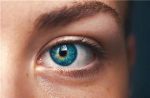警惕!眼睛出问题了,这5大信号别错过,及早就医,避免视力受损