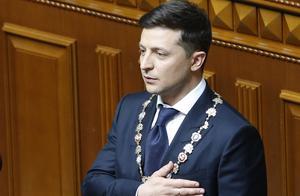 """乌克兰新总统泽连斯基宣誓就职:""""每个人都是总统"""""""