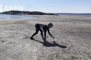 真·马术!挪威女子四肢着地像马一样奔跑还能跨栏
