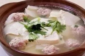 一口热鲜汤的慰藉 哈尔滨人的砂锅情怀