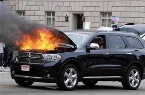 如何防止汽车自燃 汽车自燃的预兆都有哪些?