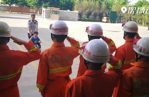 Magic   脑瘫儿童想当消防员 众人接力助圆梦