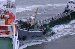 """长江口""""幽灵""""油船抗法逃逸,撞上海事公务船"""