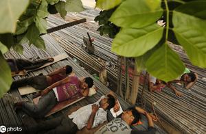 印度史上最严重高温已致36人死亡,将减短工人工作时长