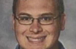 美国体育老师3个月猥亵28名学生!无辜女孩甚至相信会嫁给他