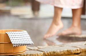 日本政府建议将混浴年龄向下调整:上小学就不应该了