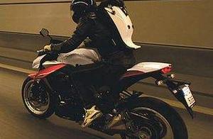 哈雷摩托车将与钱江摩托在中国生产一款新式小型的哈雷摩托车