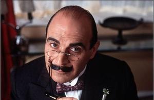 看大侦探波洛故事,他是最有腔调的先生,更是屡破奇案的惊奇老头