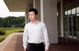 他是中国最低调的富二代,曾受威胁险遭绑架,父亲曾为中国首富