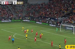 国际冠军杯阿森纳2-1拜仁,奥巴梅扬造乌龙,恩凯蒂亚绝杀