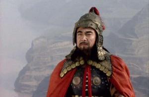 刘备是皇室宗亲,又心存汉室,荀彧为何不选刘备选曹操?