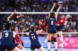 中国女排0-3负于美国,9连胜被终结!朱婷32扣12中已竭尽全力