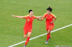 西班牙女足主帅发表争议言论:中国女足游走在破坏规则边缘