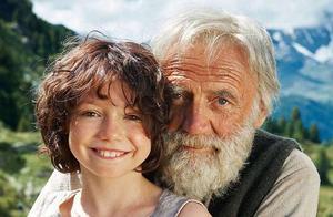 """《海蒂和爷爷》:这部""""简单""""的电影,为什么让所有人潸然泪下?"""