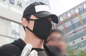 警方对因涉嫌性暴力而被拘留的犯罪嫌疑人姜至奂进行委托毒品检查