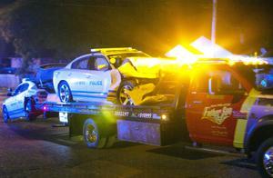 美国孟菲?#25925;?#22240;法警枪杀黑人引发暴力冲突 导致24名警察受伤