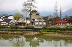 暑假冷门旅游:龙门古镇,折多山,新都桥镇,黎平肇兴桐寨