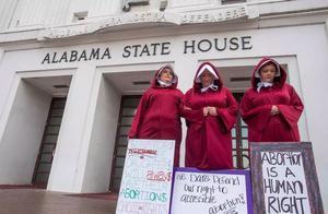 堕胎也有造假?4000多家假堕胎诊所横行,就为了让女性生娃!