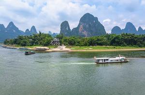 藏在漓江边的世外桃源,更是20元人民币图案的场景,桂林兴坪古镇