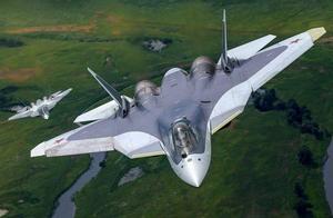 规格等级最高!6架五代战斗机为普京护航,随后总统作出重要承诺