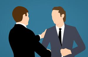 刚出社会的年轻人,应该选择小公司还是大公司?